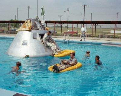 apollo-1-_nasa_splashdown-training-700x559-700x559
